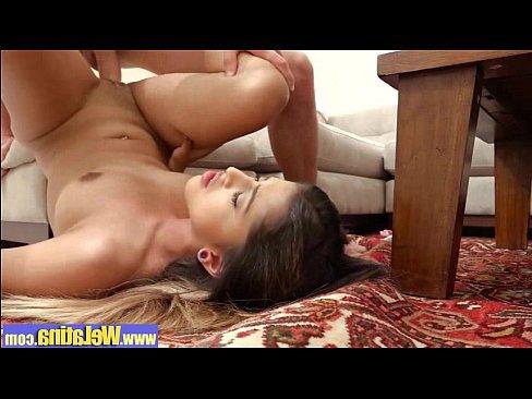порно ролики брат сестру жопу