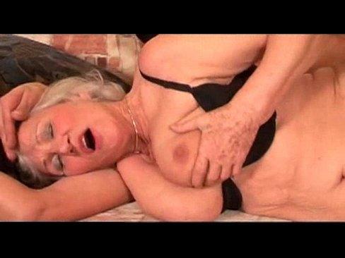 секс девушки сиськи молоко