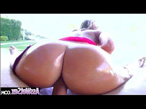 смотреть порно ролики зрелых мам