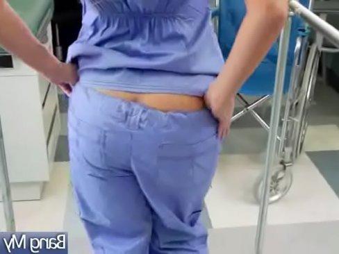 русская дама реально кончает по скрытой камере